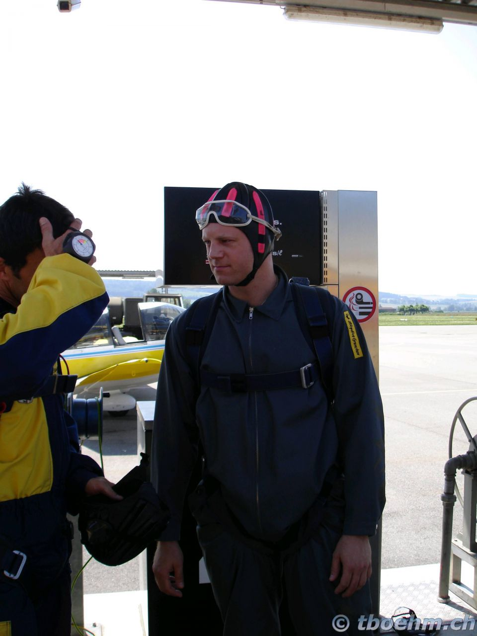 skydive_grenchen_16_07_2006_16_20121125_1682387286