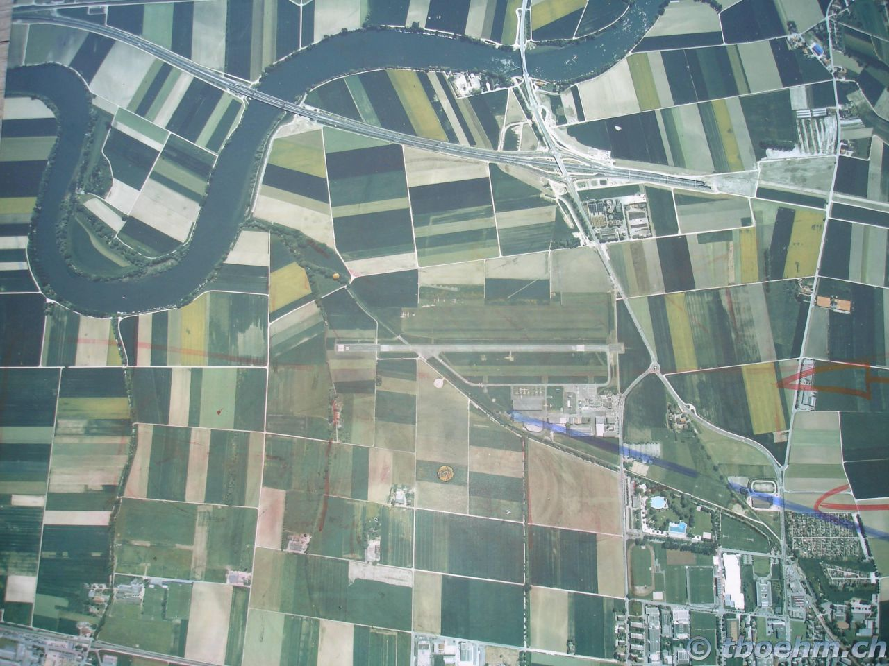 skydive_grenchen_16_07_2006_34_20121125_1205907470