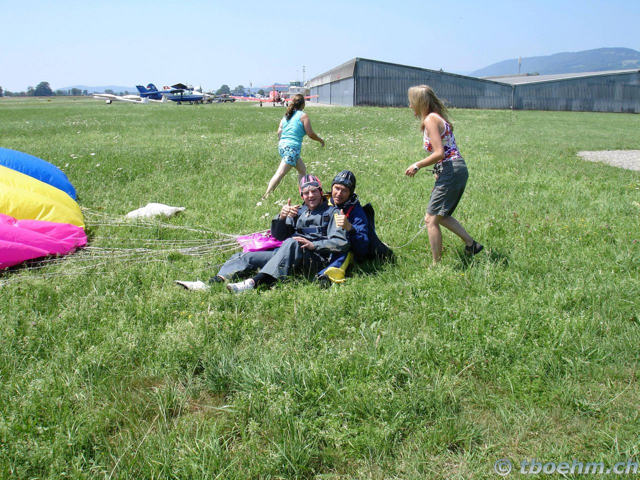 skydive_grenchen_16_07_2006_26_20121125_1239342699