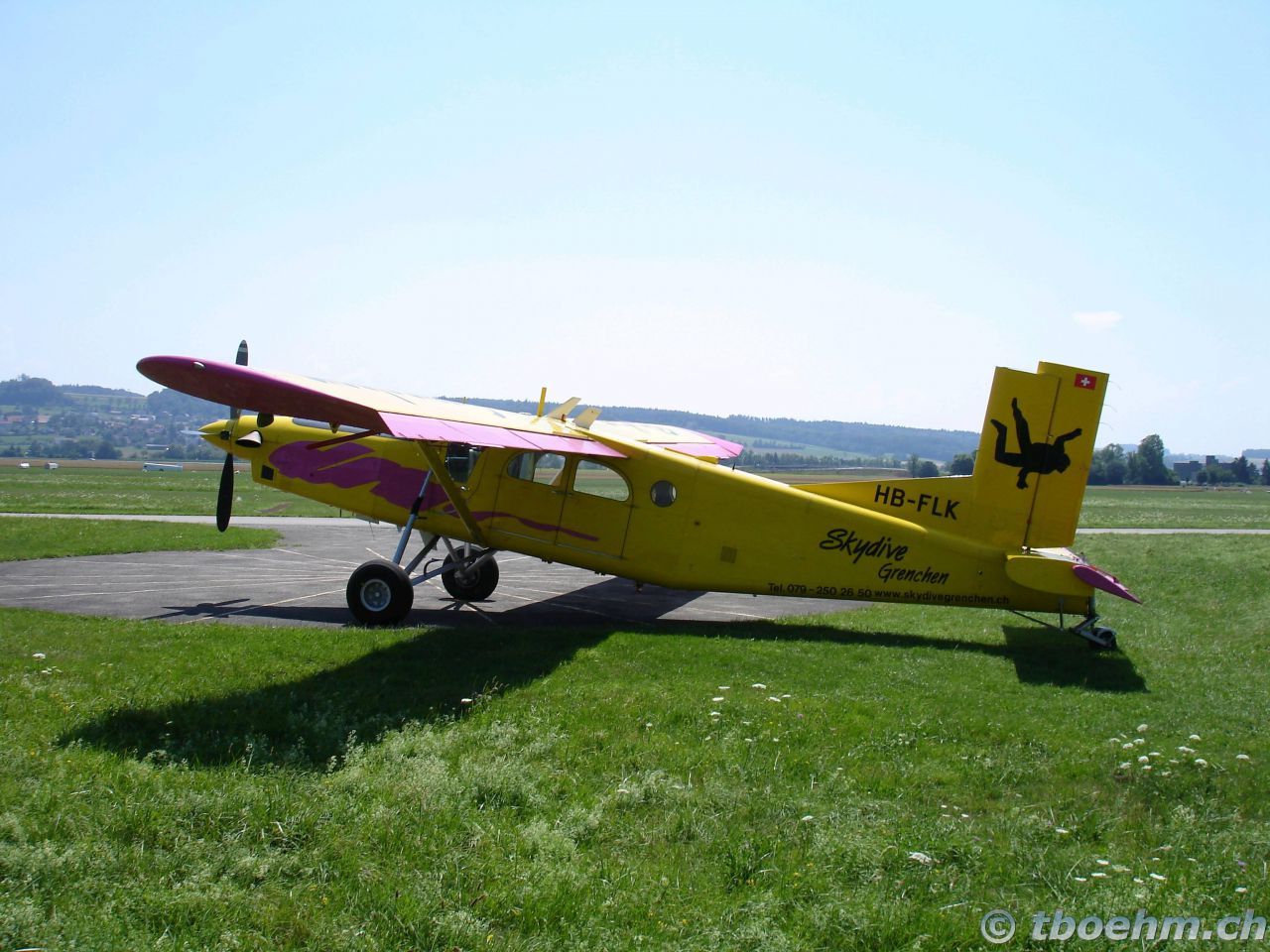skydive_grenchen_16_07_2006_31_20121125_1685049119