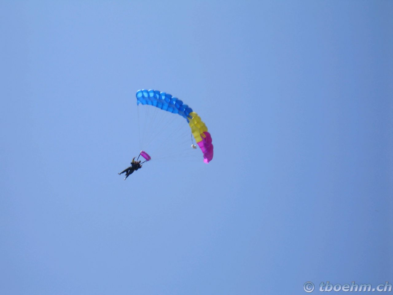 skydive_grenchen_16_07_2006_23_20121125_1108931702