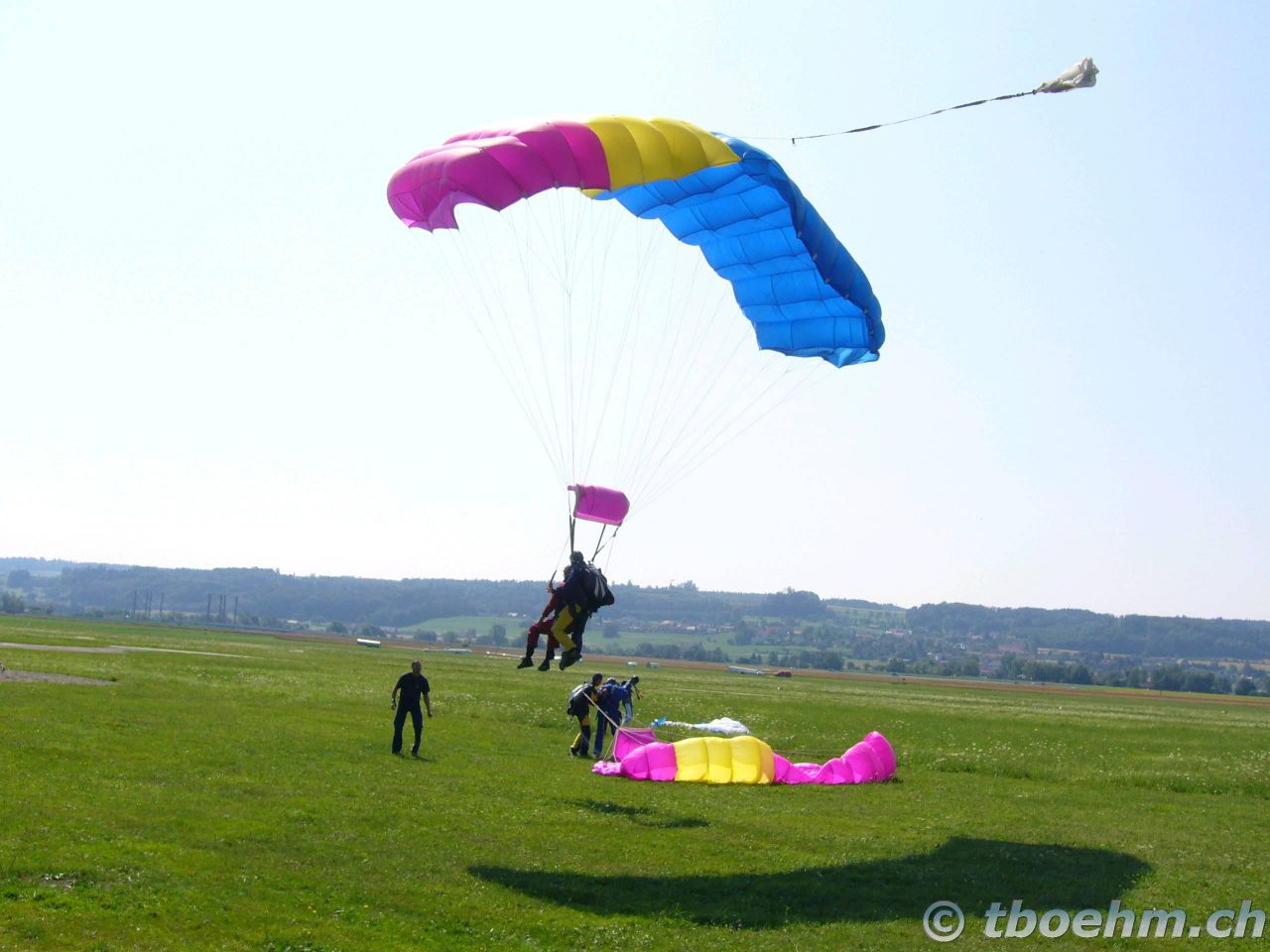 skydive_grenchen_16_07_2006_21_20121125_1435859689